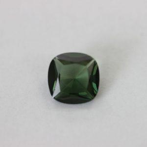Синтетичен шпинел, 10 х 10 мм, цвят зелен турмалин